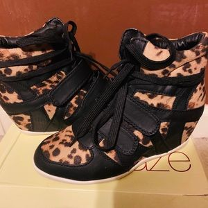 New lepoard print wedge sneakers size 7